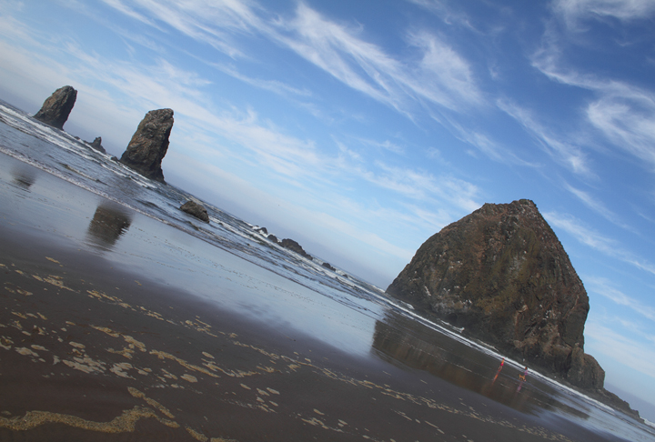 Haystack Rock, Cannon Beach, Oregon (9/3/2010). Photo by Bill Hubick.